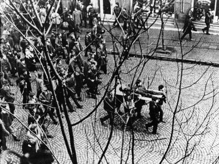 Historia: Polskie miesiące: Grudzień 1970.   22.04.2020